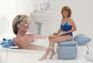 badewolke die badewannen mit t r. Black Bedroom Furniture Sets. Home Design Ideas