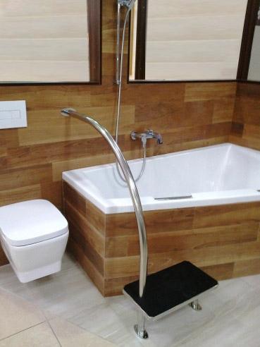badewolke einstiegshilfe berlin badewolke. Black Bedroom Furniture Sets. Home Design Ideas