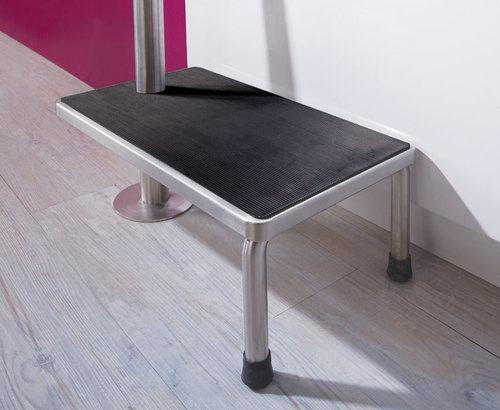 einstiegshilfe badewanne senioren badewannenlift f r senioren schwenkbar aufblasbar. Black Bedroom Furniture Sets. Home Design Ideas